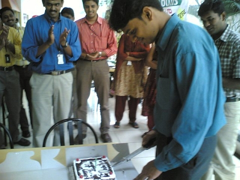 Birthday at Office (2006)