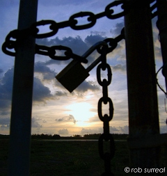 Lock and Chain [Image]
